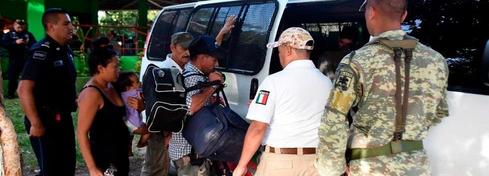 Pagan hasta 182 mil pesos para ingresar sin papeles a EUA