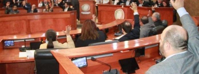 Expulsará pan a 9 diputados por traición al partido