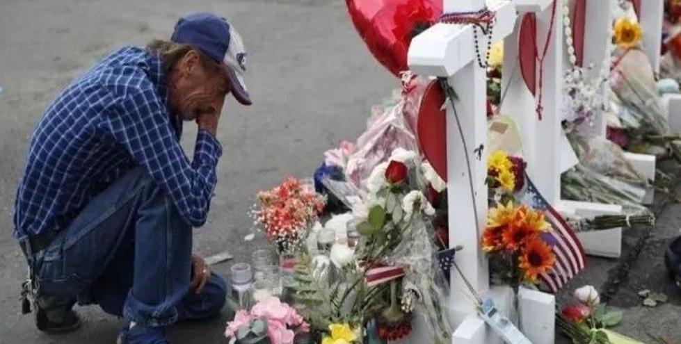 En espera de gran asistencia, funeral de víctima en El Paso cambia de local