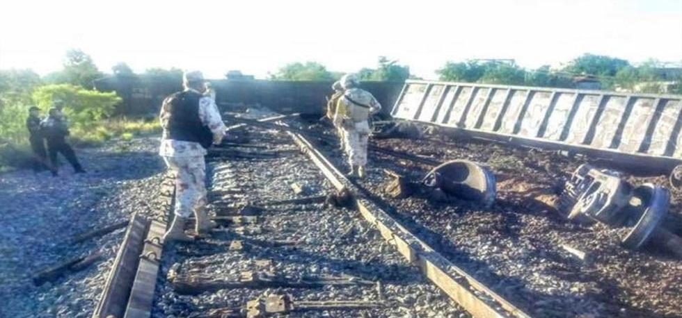 Se descarrila tren de carga en Sonora