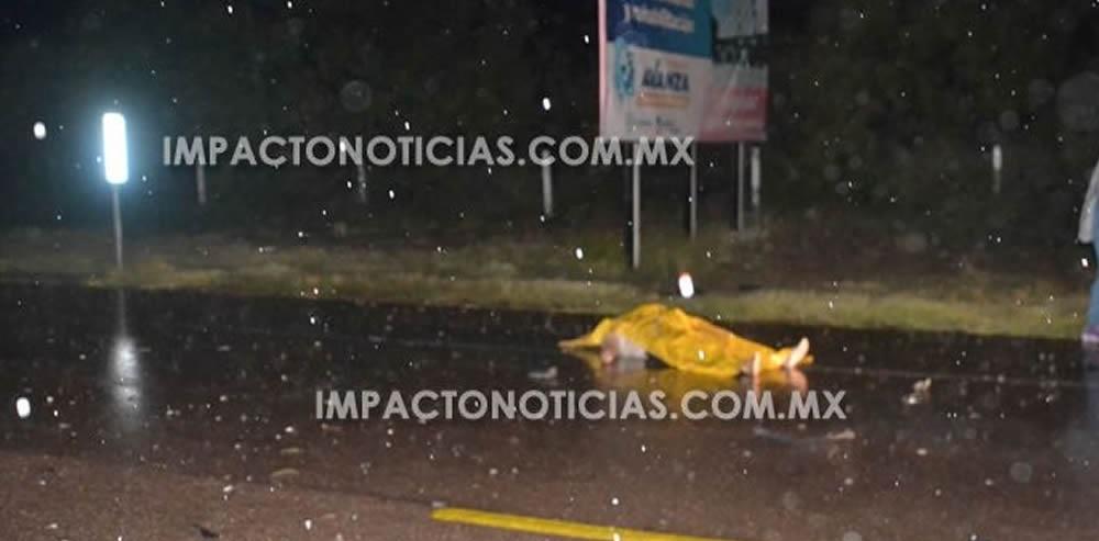 Muere mujer en choque frontal en Camargo; 4 lesionados