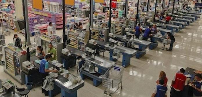 Registra bajo consumo de mercancías por los mexicanos