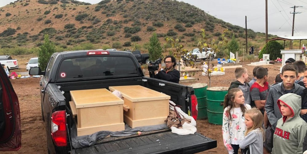 Inicia funeral de rhonita lebaron e hijos