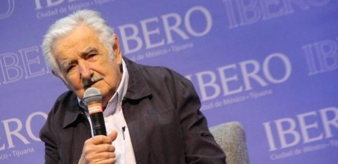 Los mexicanos no se hicieron de izquierda, estaban hartos de su gobierno: Mújica