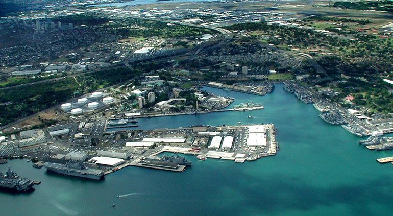 Tiroteo en base naval de Pearl Harbor; al menos 3 heridos