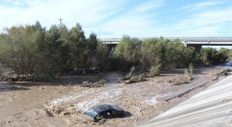 Lluvias causan inundaciones y derrumbes en Tijuana