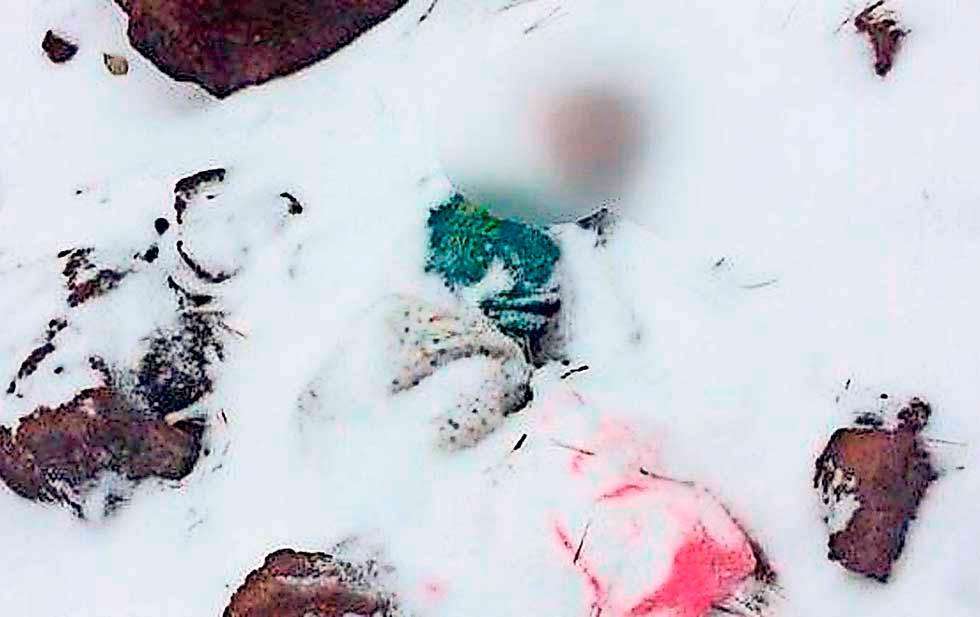 Sin ser identificada bebé abandonada en la nieve