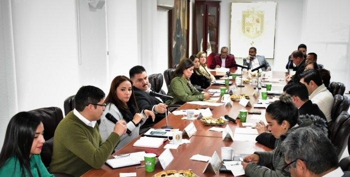 Votan a favor de los pueblos indígenas en Parral