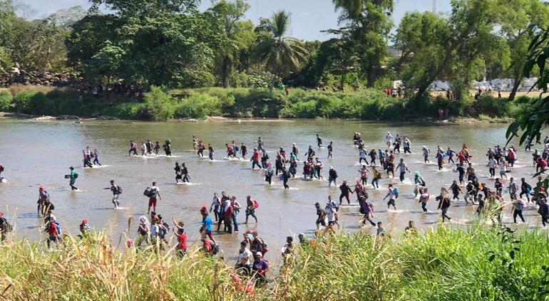 Anuncia México que arrestarán y deportarán a migrantes fugados
