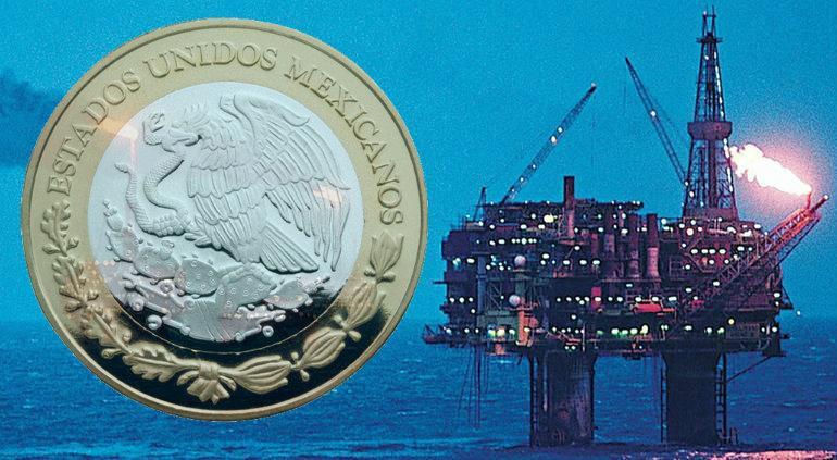 """Petróleo regresa y """"alimenta"""" al peso; dólar cae a este precio"""