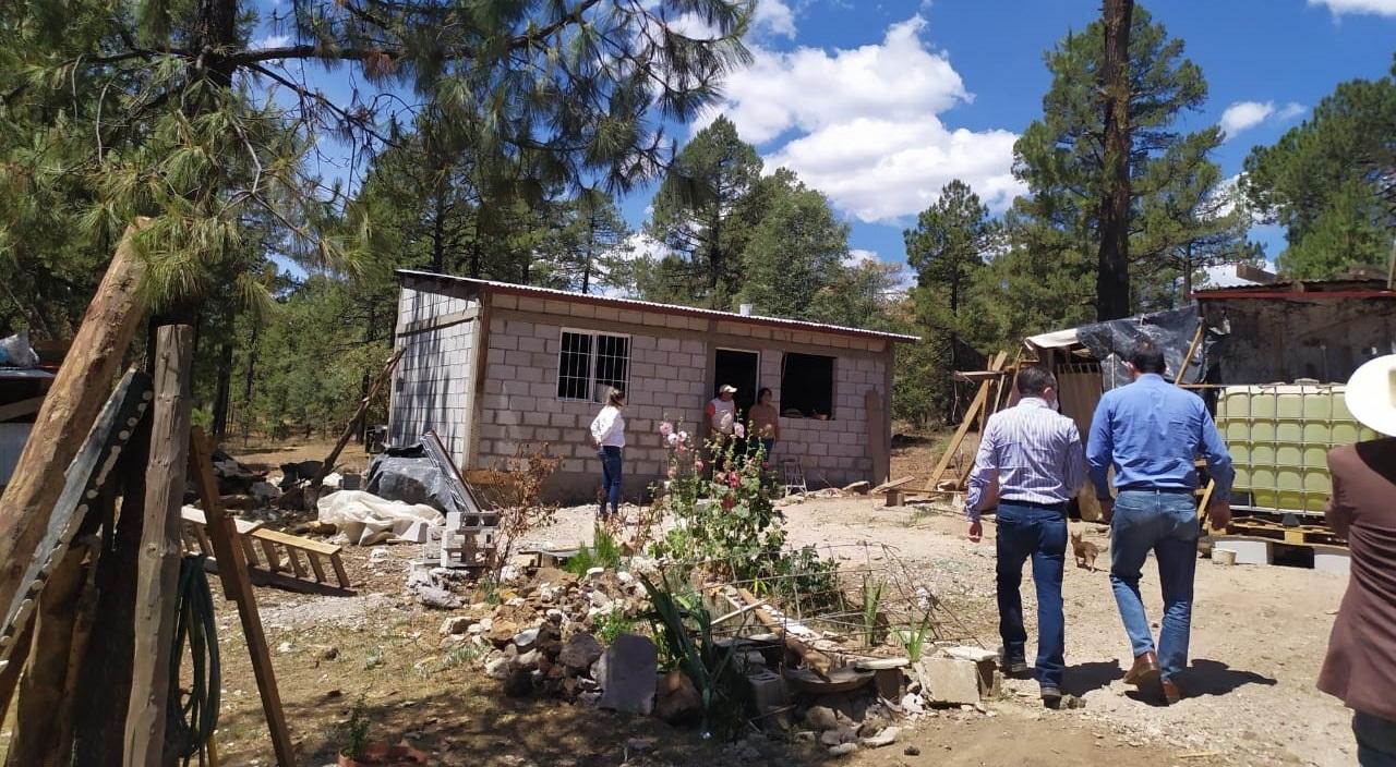 Construye Estado 120 viviendas en Guachochi para familias indígenas y madres solteras