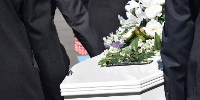 Muere por bala perdida; en el acta le ponen que por covid