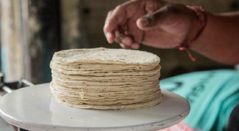 Alertan: sancionarán a quien suba precio a tortilla sin justificación