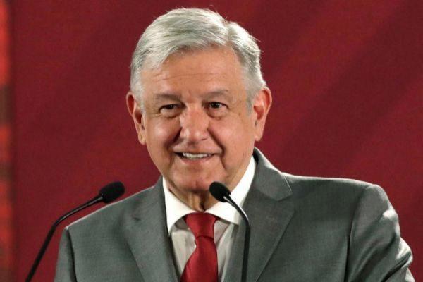 López Obrador informa que padece Covid