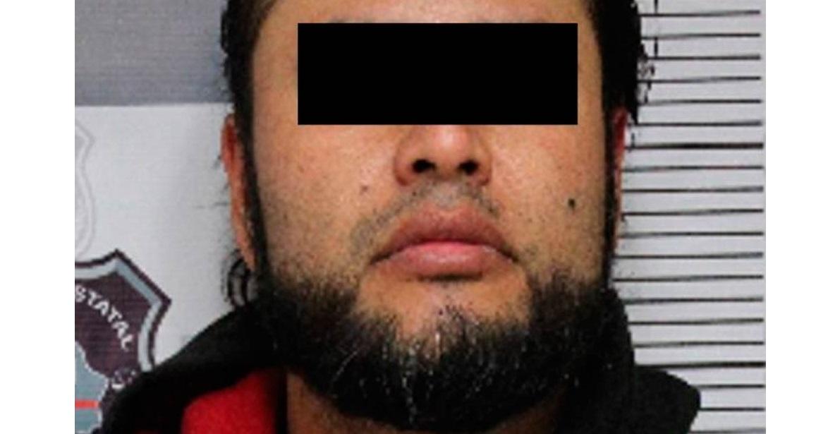 Estranguló a su esposa e intentó ocultar el cuerpo para deshacerse más tarde de él