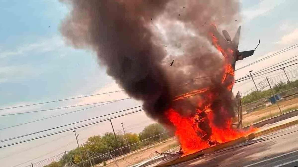 Se desploma helicóptero cerca del aeropuerto del norte en Nuevo León