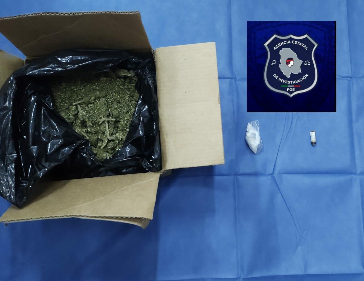 Detienen a presunto narcomenudista en posesión de un kilogramo de marihuana