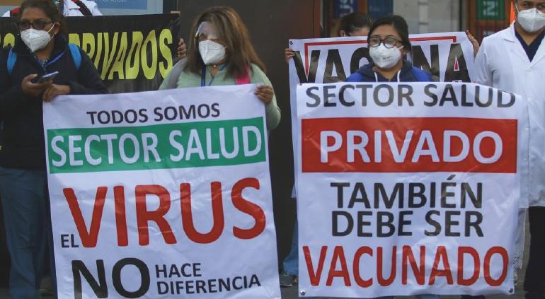 Marcharán médicos privados a nivel nacional para exigir vacunas