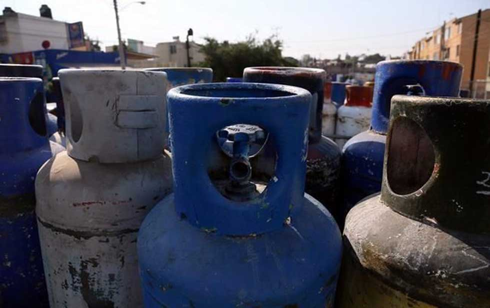 Alerta Cofece desabasto al topar precio de gas LP