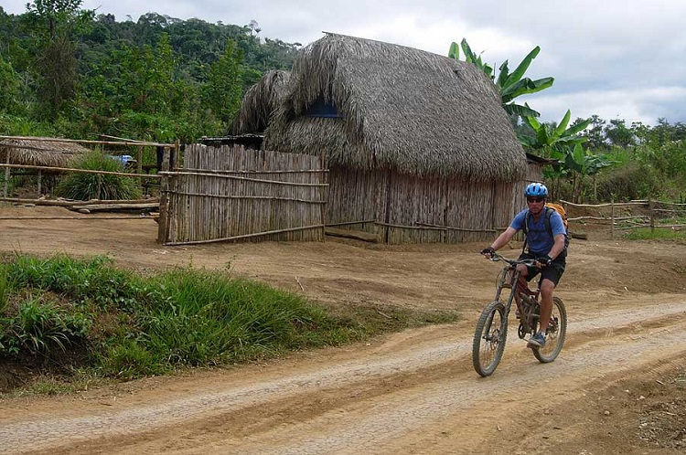 paseo y río bolivia amazon mountain bike 2