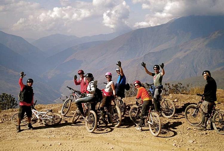 paseo y río bolivia amazon mountain bike