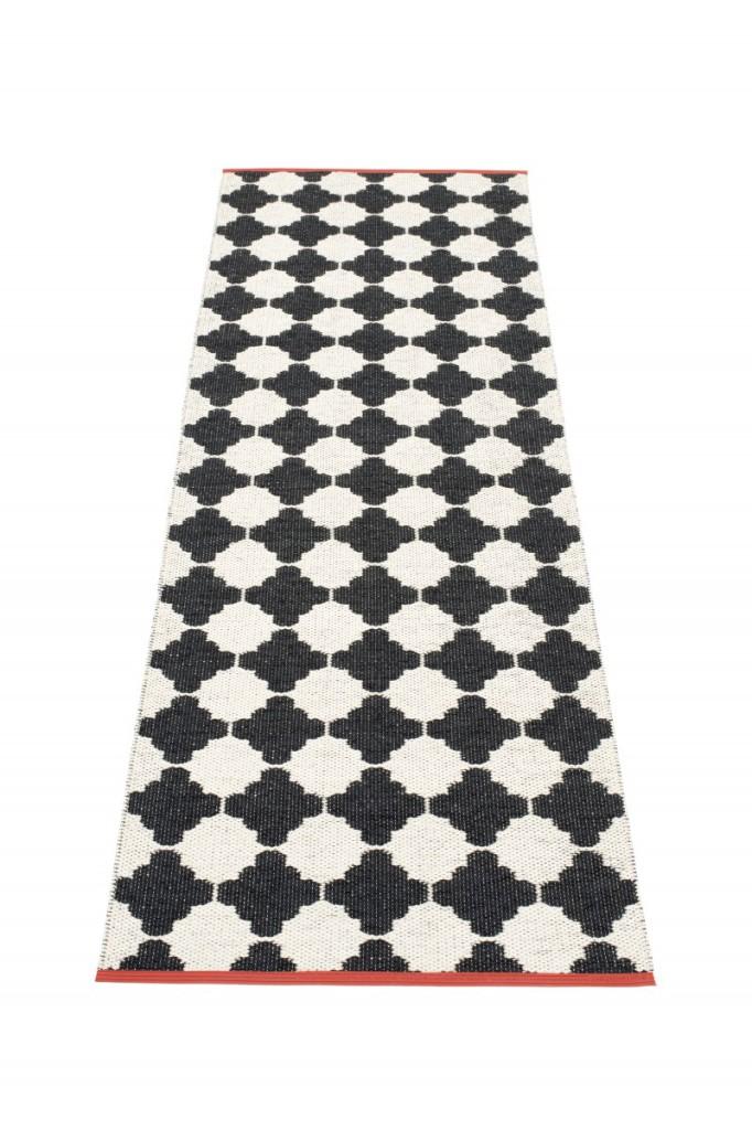 les tapis existent en 4 tailles 70 x 90 cm 70 x 180 cm 70 x 270 cm et 70 x 360 cm
