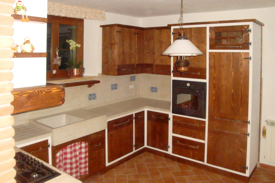 Cucina in finta muratura con due angoli PPCFM030