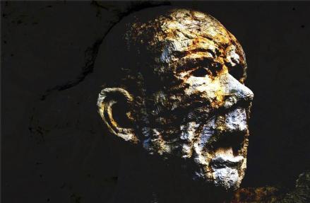 Le Monument aux Morts pour Rien - KERAMSI Robert