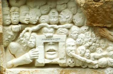 Le Monument aux Morts pour Rien - RIGUTTO Yglix