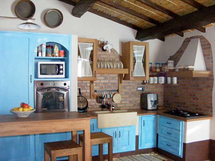 Quando lo stile vintage entra in cucina! Cucina In Muratura In Stile Country In Pietra A Vista La Pietra Taurina