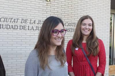 Marta Sorlí i Claudia Varella acudeixen a presentar la candidatura de Compromís Podem, #ÉsElMoment als jutjats de Castelló