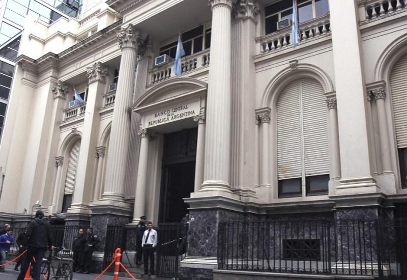 El Banco Central cerró el mes con compras por más de 600 millones de  dólares y termina el año con casi 40 millones de reserva