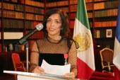 La journaliste mexicaine, Anabel Hernández, reçoit la Légion d'Honneur !