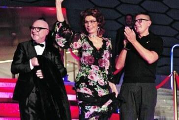 Le show mexicain de Dolce & Gabbana aux couleurs de Frida Kahlo !