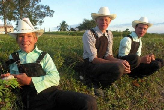 Les «Mennonites» du Mexique veulent fuir l'électricité ! (Videos)