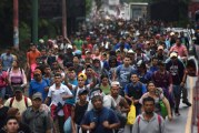 La «caravane» de migrants honduriens force la frontière Guatemala-Mexique ! (Video)