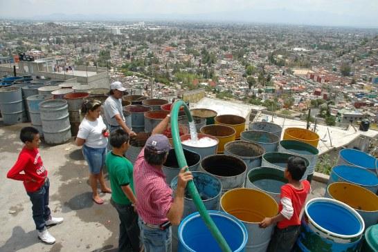 Les habitants de Mexico sont privés d'eau depuis une semaine ! (Video)