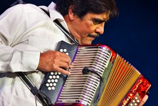 Mais qui était Celso Piña, le roi de la cumbia mexicaine ? (Video)