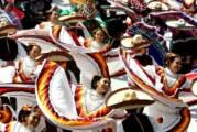 Record Guinness á Guadalajara : 882 danseurs au son des Mariachis ! (Videos)