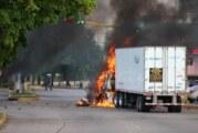 Sinaloa – La police mexicaine, attaquée à l'arme lourde, relâche le fils Guzman ! (Videos)