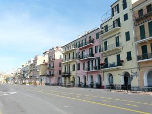 Calata Cuneo [CC-BY-SA-3.0]