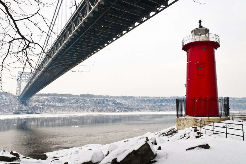 Ponte George Washington e little Red Lighthouse - NY
