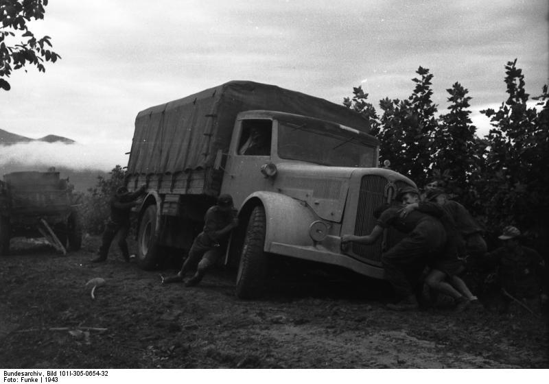 Italien, motorisierte Truppen
