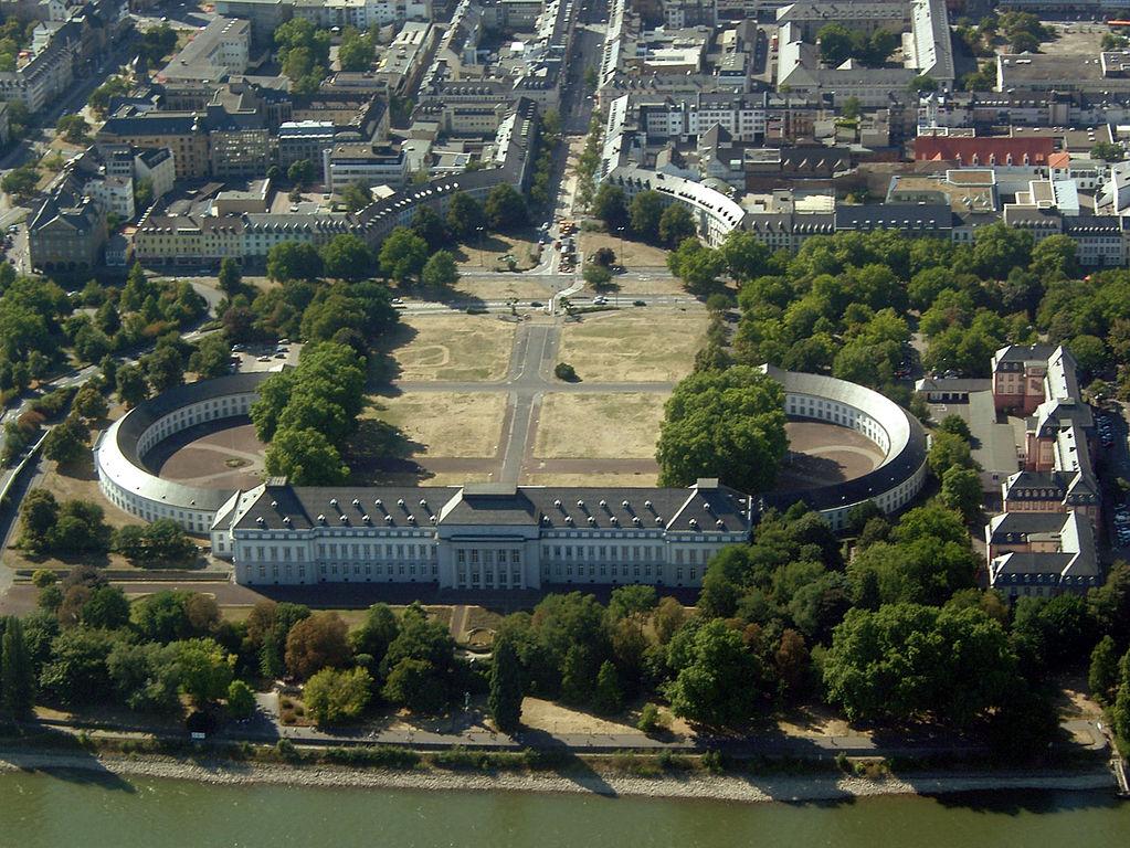 palazzo degli elettori di Coblenza - H. Weinandt (GNU-FDL)