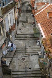 Escadas Do Codeçal, Porto (dorfun, 2010 [CC BY 2.0] Flickr)