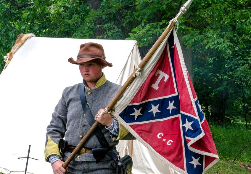 confederate soldiers © inyrdreams/Depositphotos