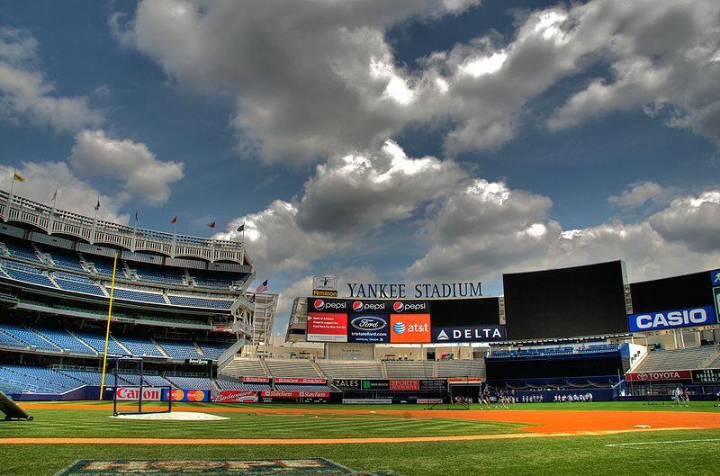 Yankee_Stadium,_Jul_2009_-_16