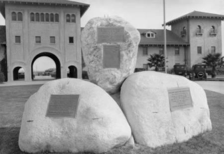 La Mesa Battle monument, L.A.Union Stockyards