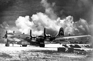Il B–29 Superfortress Enola Gay