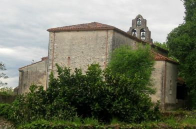 La Iglesia de San Miguel en Cofiño, Parres